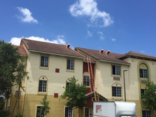 Roof Cleaning Services In Boca Raton Davie Amp Hollywood Fl